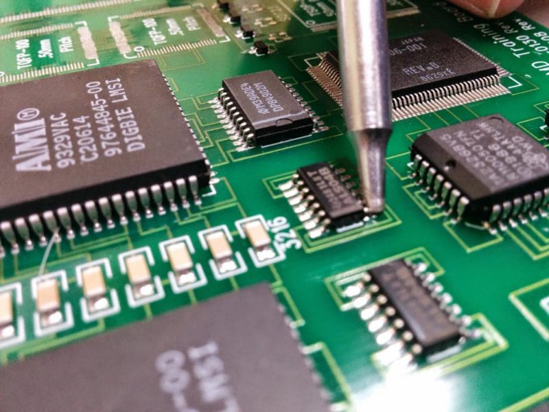 Certified PIEK Operator – Kwaliteitscriteria voor het solderen, de nabewerking, wijziging en reparatie van printplaten certificering