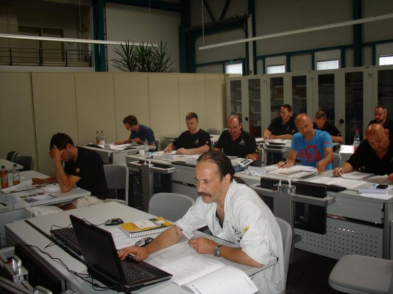 Certified PIEK Operator - Quality- and Acceptancecriteria for printed circuit boards training and certification