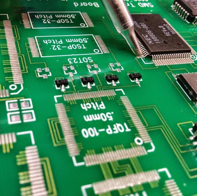 Certified PIEK Operator – Qualitätskriterien für gelötete elektrische und elektronische Baugruppen